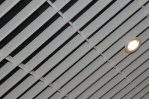 потолок грильято жалюзи фото