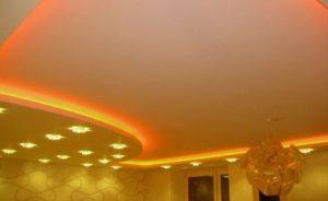 тканевый бесшовный потолок фото
