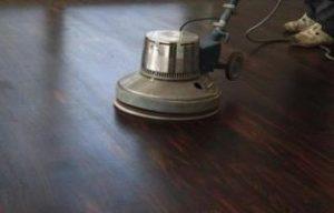 Масляные и восковые пропитки деревянного пола