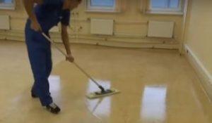 Чем чистить линолеум