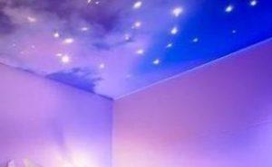 Натяжной потолок со звездным небом