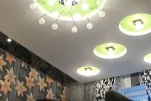 натяжные и подвесные потолки разница