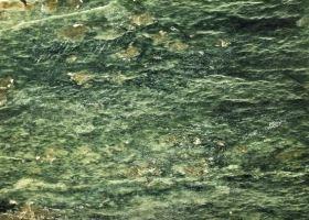отделочный камень змеевик