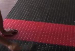 Резиновое напольное покрытие для дома