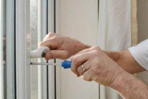 Ремонт пластикового окна своими руками