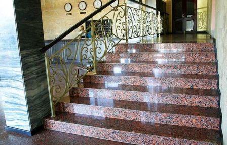 Гранит для облицовки лестниц