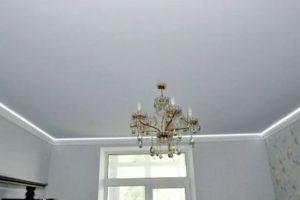 Натяжной виниловый потолок