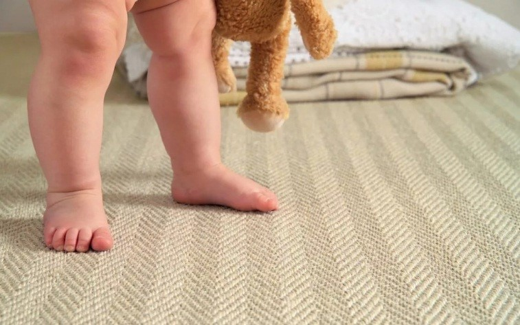 Ковролин на пробковой подложке для пола детской – лучший вариант