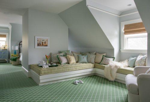 Никакое другое покрытие не сделало бы эту комнату более уютной