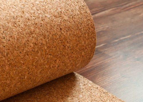 Пробка лучше всего подходит для деревянных настилов