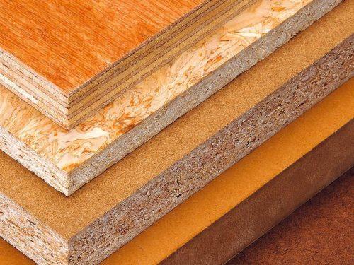 Натуральная древесина — традиционный материал для изготовления предметов интерьера