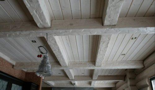 Потолок под старину