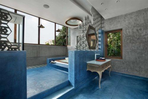 Декоративным бетоном отделаны не только стены, но и полы
