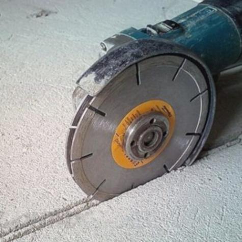 Чем штробить бетонную стену – обычной болгаркой