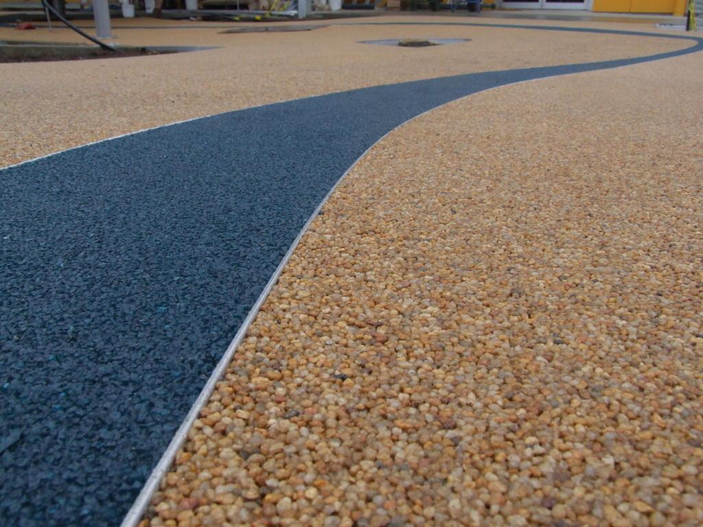 Кварцевый песок на спортивных площадках