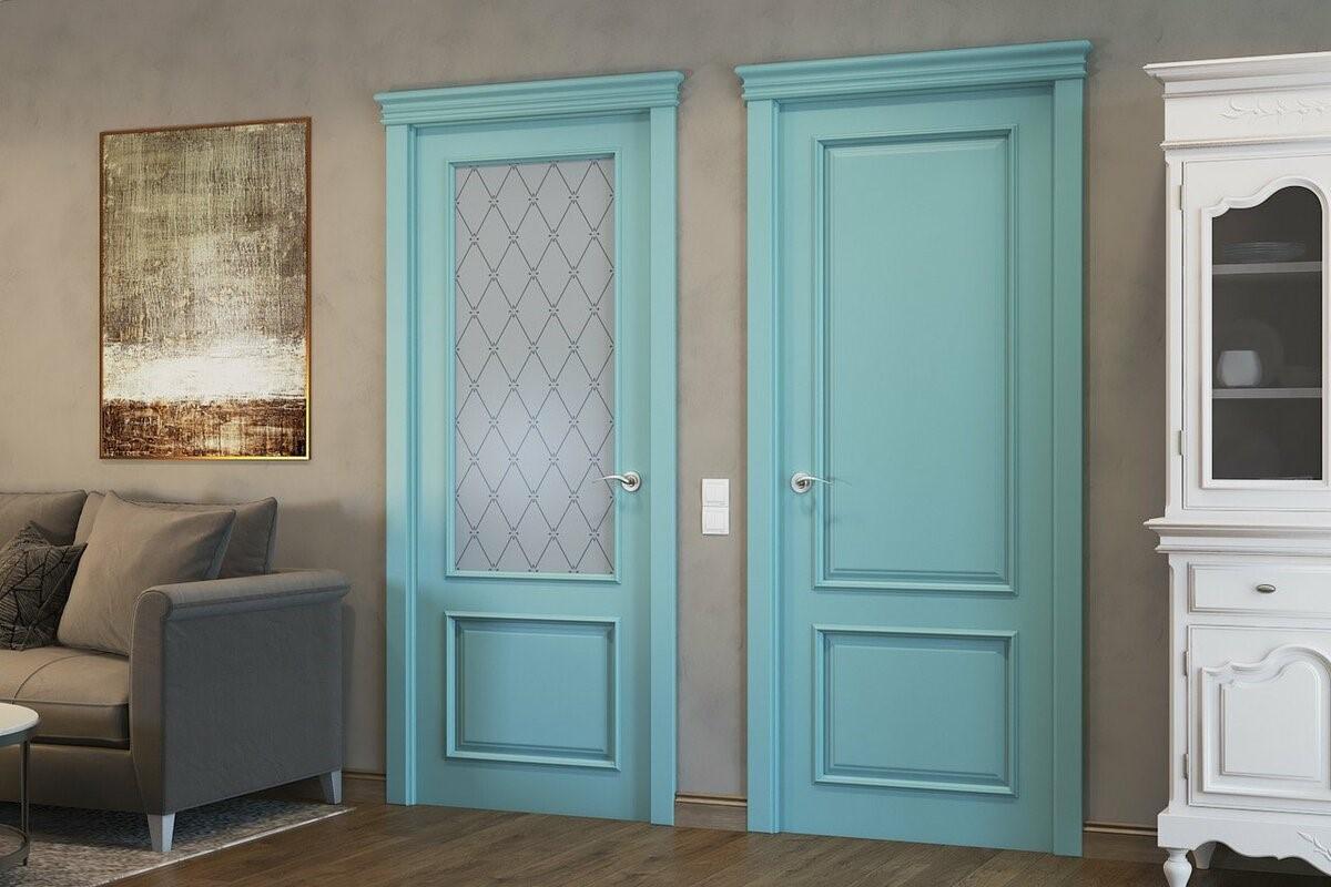 Крашеные двери в интерьере