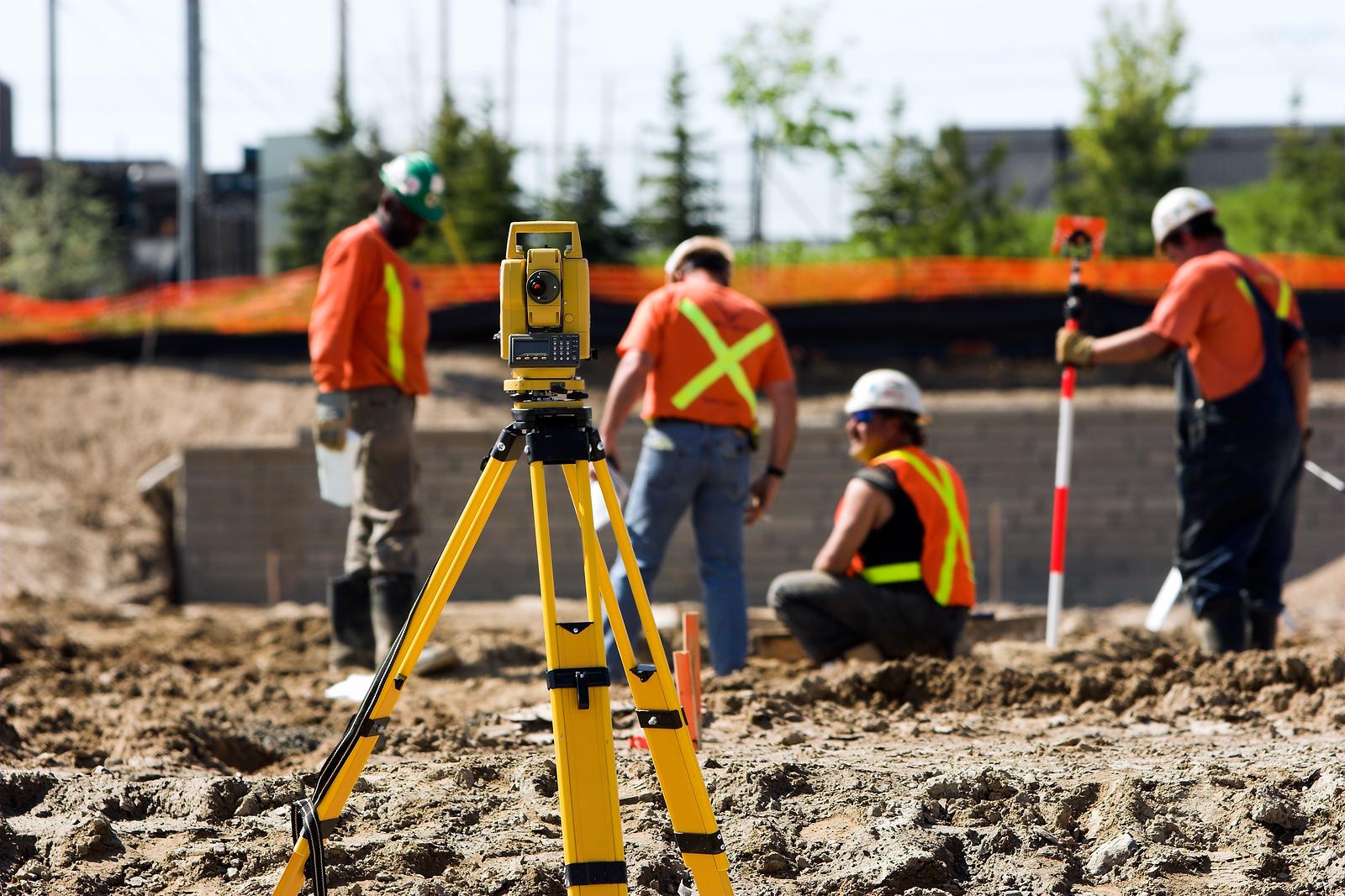 Инженерные изыскания: всестороннее обследование места застройки